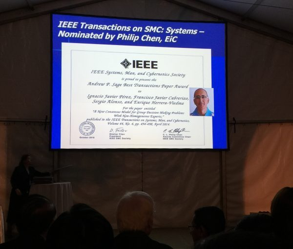 1-Premio-IEEETSMC-A-EHV-01-600x509
